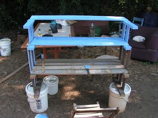 painting shelves blue