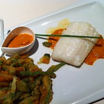 Bon Estar: Bacalao with romesco sauce