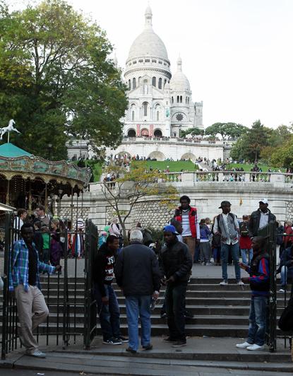 13j26 Montmartre Abbesses 025 variante Uti 415
