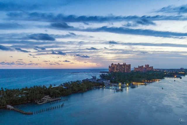 Nassau Bahamas - Sunrise over Atlantis