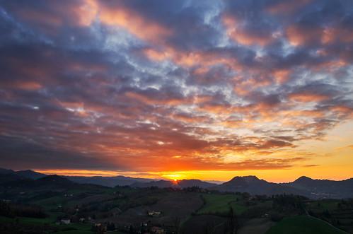 sunset sun nature clouds landscape countryside nikon goldenhour magiclight d7000