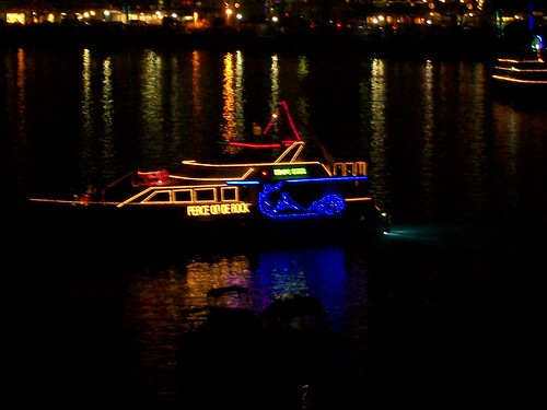 This boat-decorating contest draws in crowds of thousands to the Hamilton waterfront. An Insider's Guide to Bermuda: The Sights, Sounds, and Smells of a Bermudian Christmas