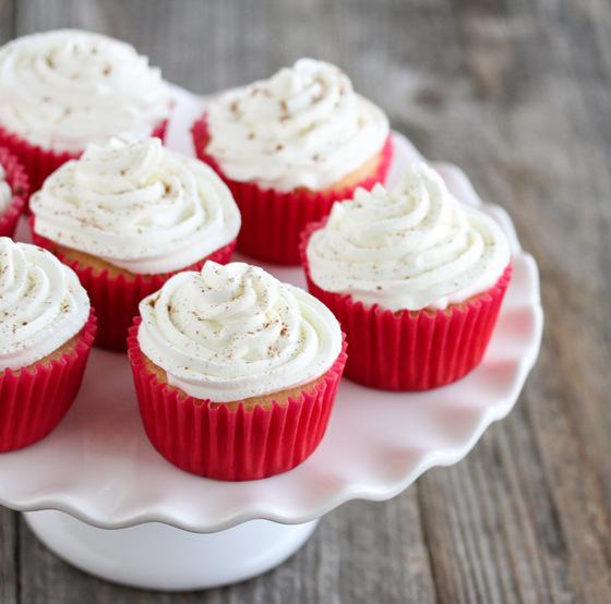 close-up photos of Eggnog Cupcakes