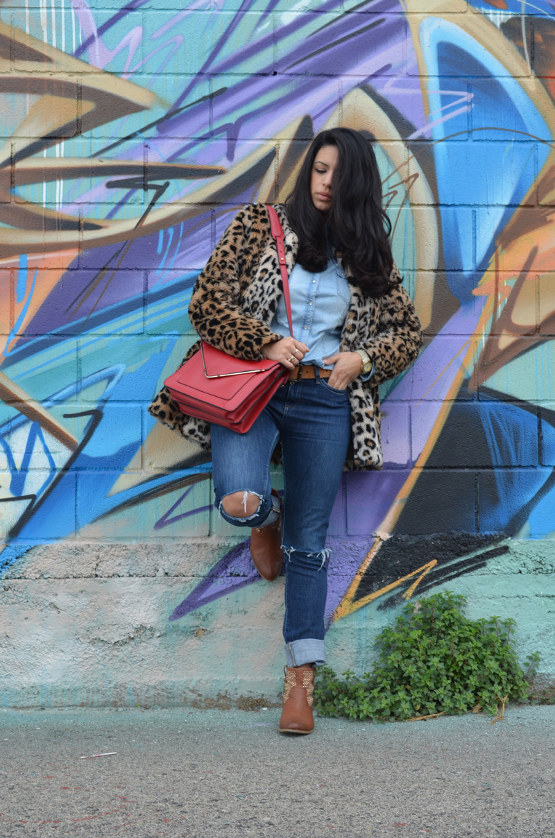 florenciablog coat animal print and total look denim redboxbag  (8)