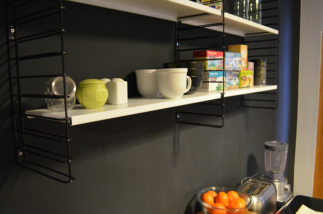 berlin apartment kitchen black wall and new shelves