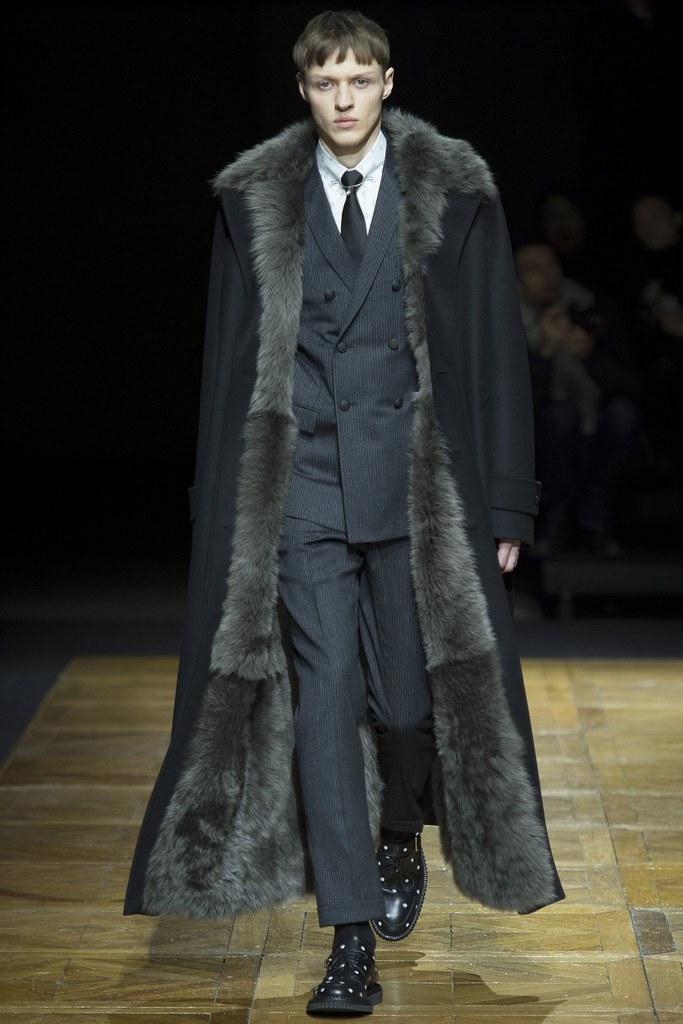 FW14 Paris Dior Homme008_Alexey Maklakov(VOGUE)