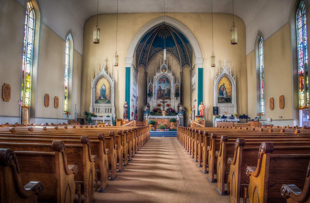 Church/how Brides: Show off Your Venue! 8