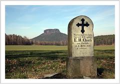 Denkmale & Gedenksteine (monuments & memorial stones)