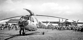 1957 RNZAF Bristol Freighter NZ5910 at Ardmore air show