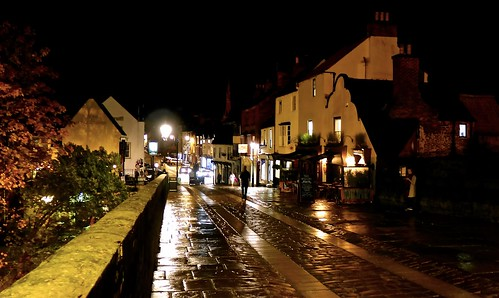 elvet bridge cityofdurham durham countydurham medievalbridge cobbledstreet shimmeringcobbles street mickyflick