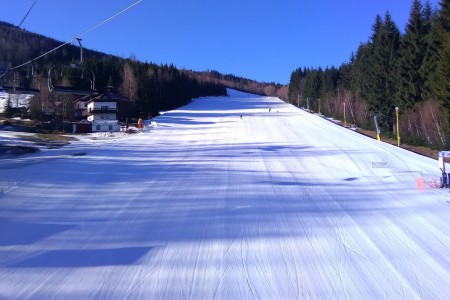 Aktuálně: ... a přece se lyžuje