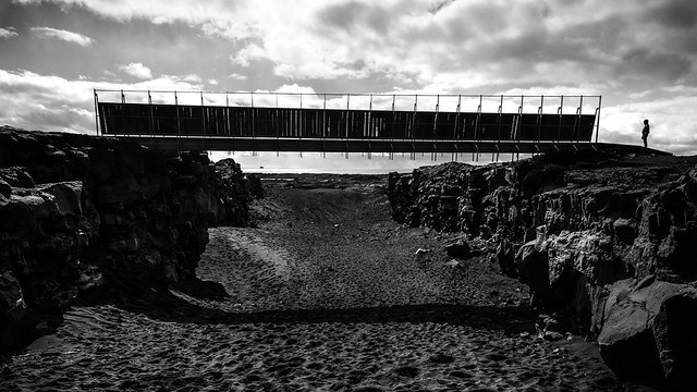 Bridge America Europe - Iceland - Black and white photography