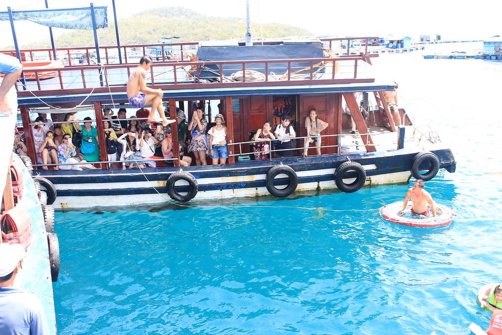 Tour 4 Đảo Hòn Tằm