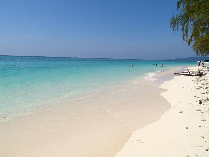 typicalben phi phi island 13