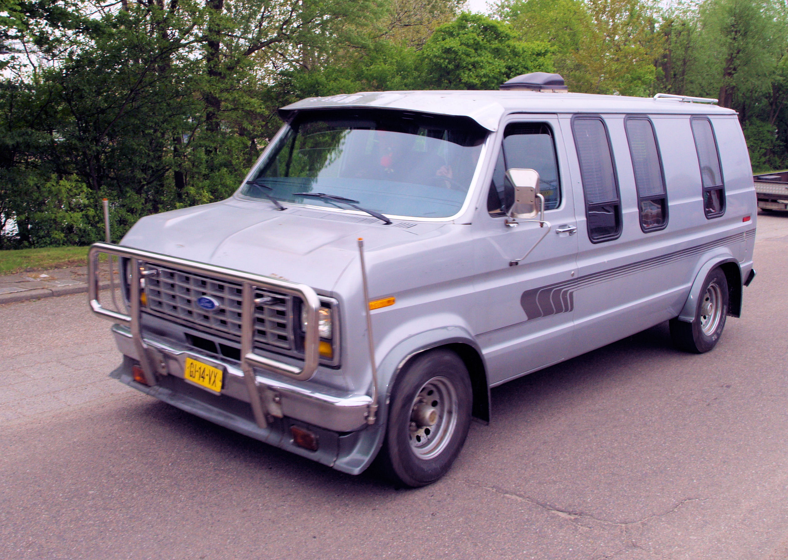 1980 Ford Day Cruiser Van Conversion