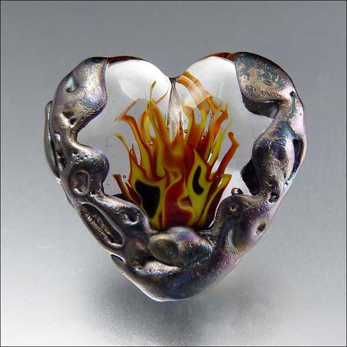 HEART'S ON FIRE - Lampwork Heart Pendant Bead