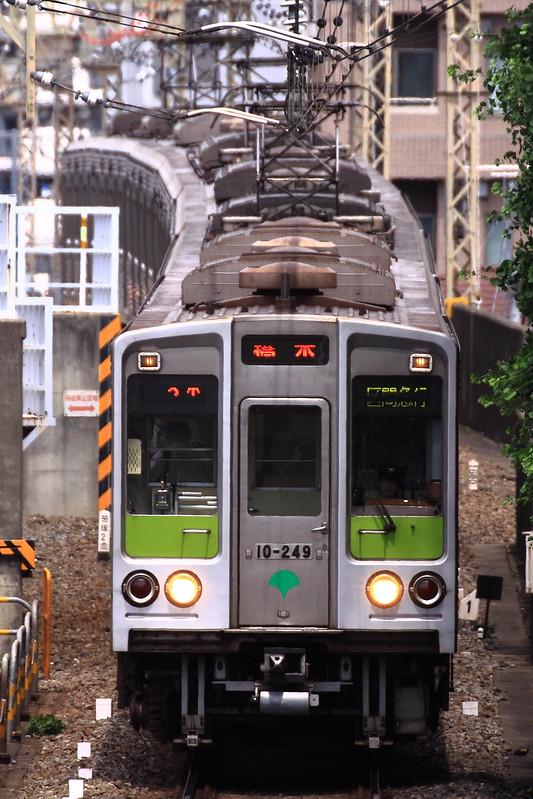 Toei 10-240F