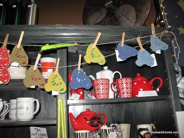 Tea-Cups-At-InsaniTea