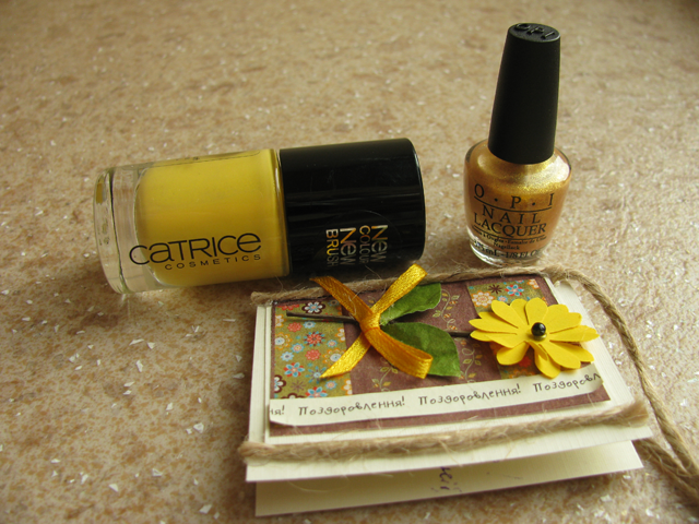 08-opi-oy-another-polish-joke+catrice-birdy-reloaded