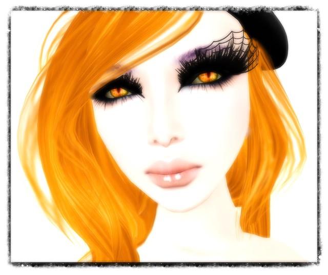 Eyes from Helena!
