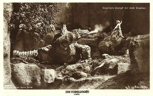 Die Nibelungen - Siegfried fighting the dragon
