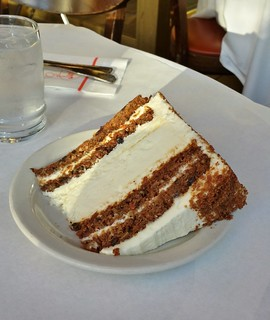 Junior's Cheesecake: Carrot Cake Cheesecake