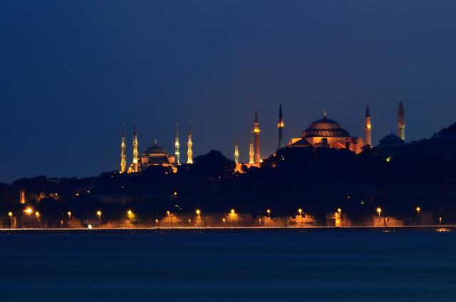 Mezquitas de Estambul desde Asia, Uskudar
