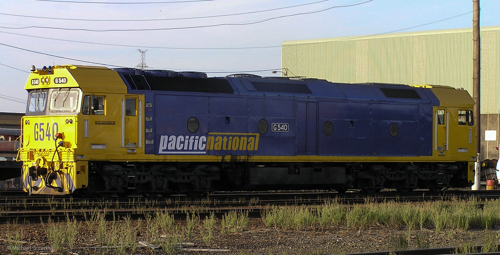 G540 at South Dynon by michaelgreenhill