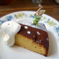 食後のレモンケーキ。美味しかった。