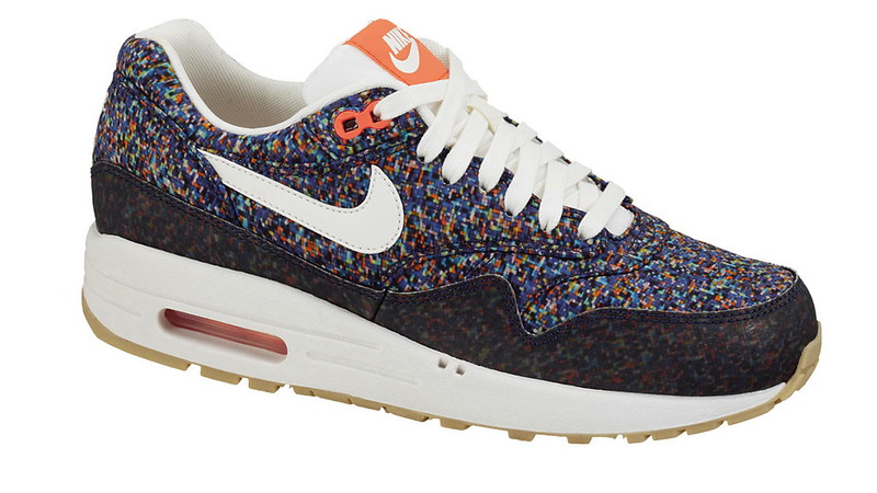liberty-nike-air-max-1-hyper-blue-1