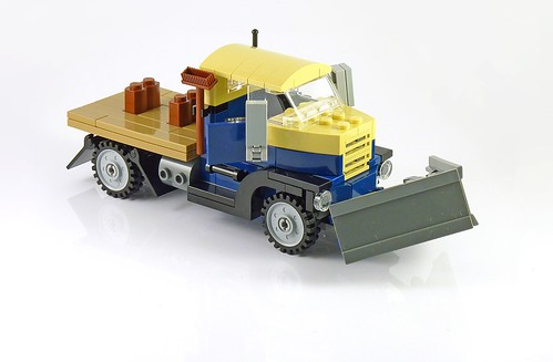 LEGO 10229 Winter Village Cottage a04