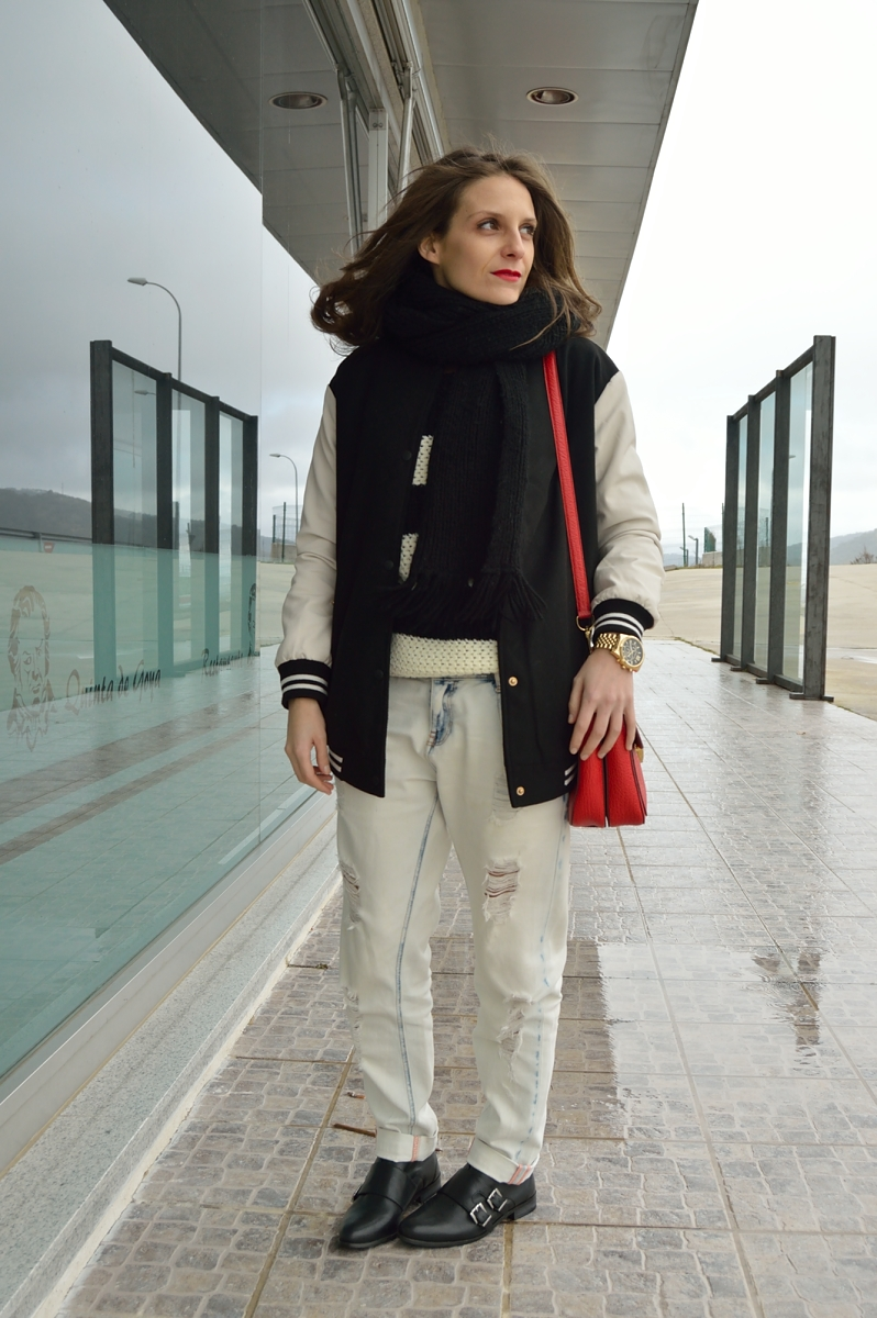 lara-vazquez-madlula-blog-boyfriend-jeans-bomber-jacket-red-bag-dandy-look