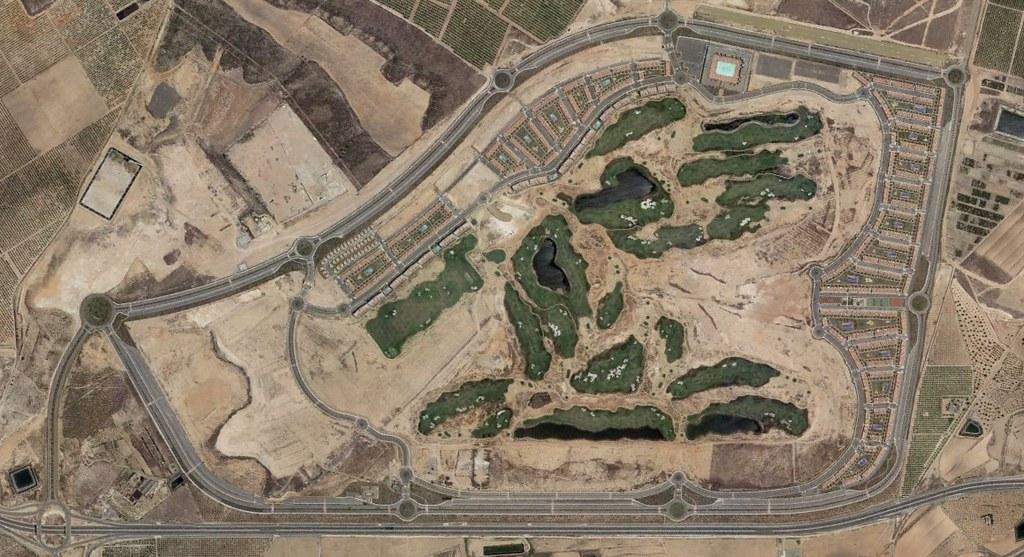 alhama signature golf, los guardianes, murcia, no nos hacemos cargo de la escala, después, urbanismo, planeamiento, urbano, desastre, urbanístico, construcción, rotondas, carretera