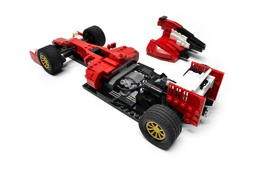 Ferrari F14 T (11)