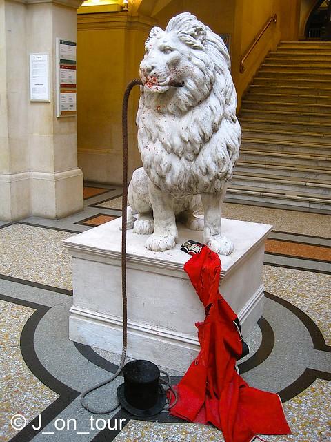 Lion Tamer tamed ... GJC_IMG_1081