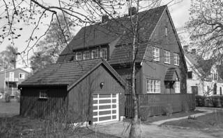 Krogness gate 9 (1988)