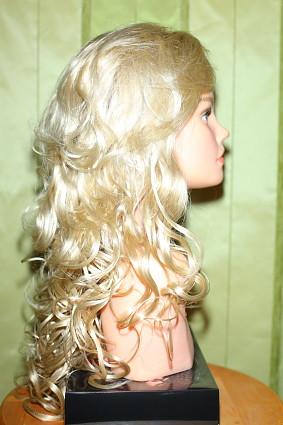 tj_Natalia_champagne_rooted_b