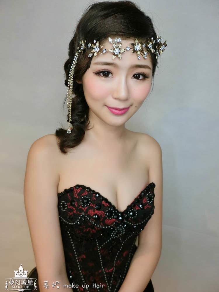 【新秘蓁妮】新娘造型創作 / 輕復古側編髮