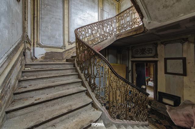 Abandoned castle S-24
