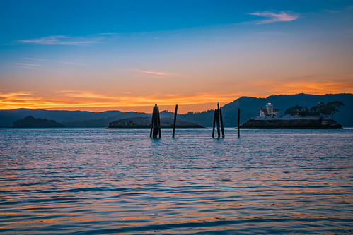blue lighthouse sanfranciscobay richmondcalifornia california landscape