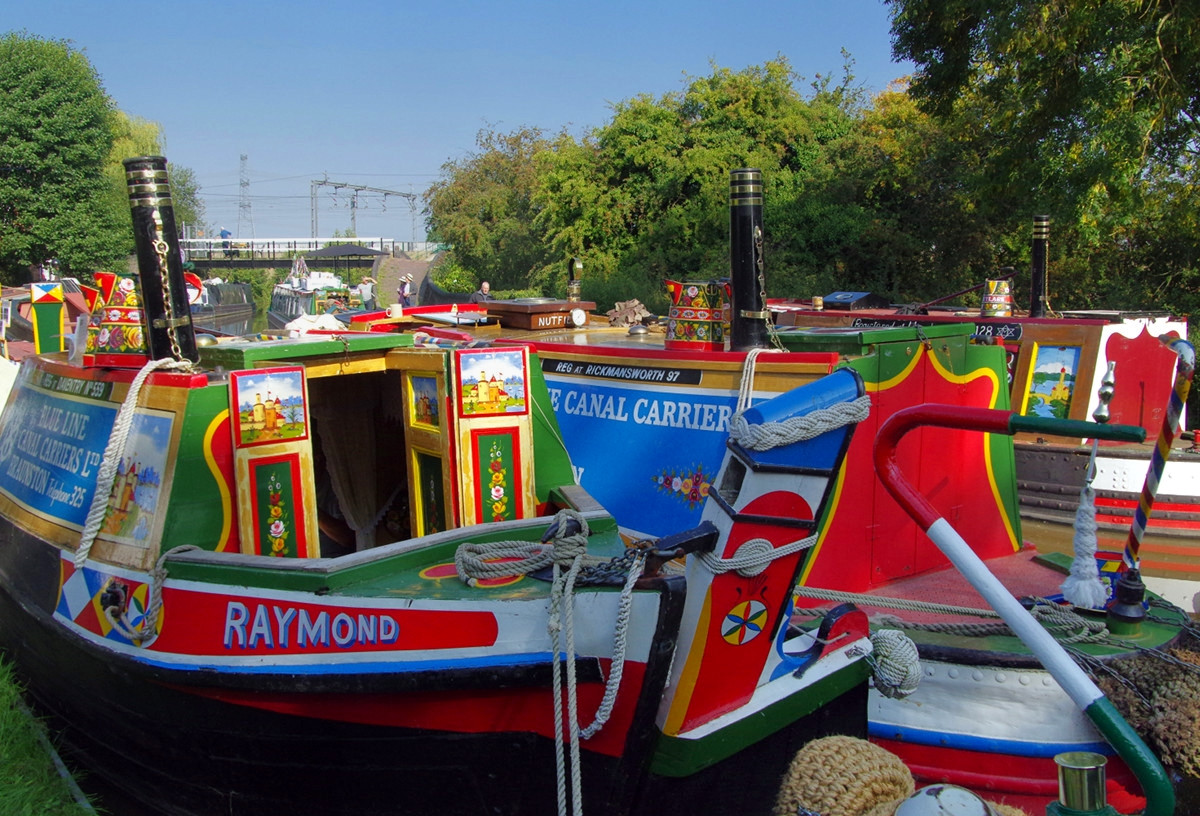 Narrowboats at Huddlesford Canal. Credit donald judge