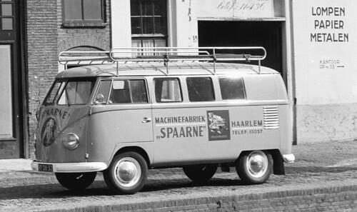 RF-28-32 Volkswagen Transporter kombi 1957