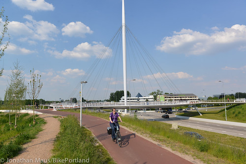 The Hovenring in Eindhoven-11