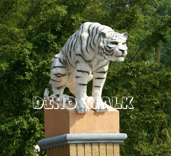 Animatronic Tiger as animal museum exhibits