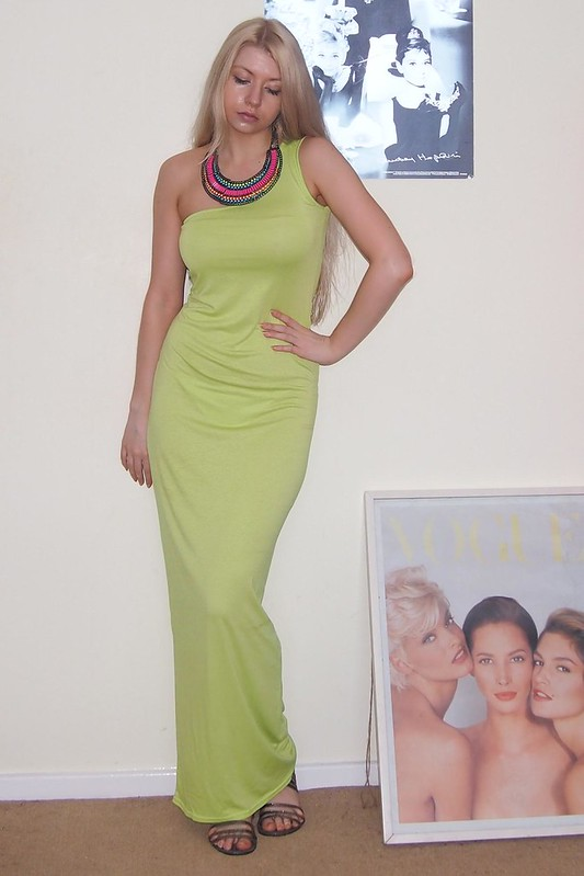 Neon, Sam Muses, Boohoo, Maxi Dress, Primark, Collar Necklace