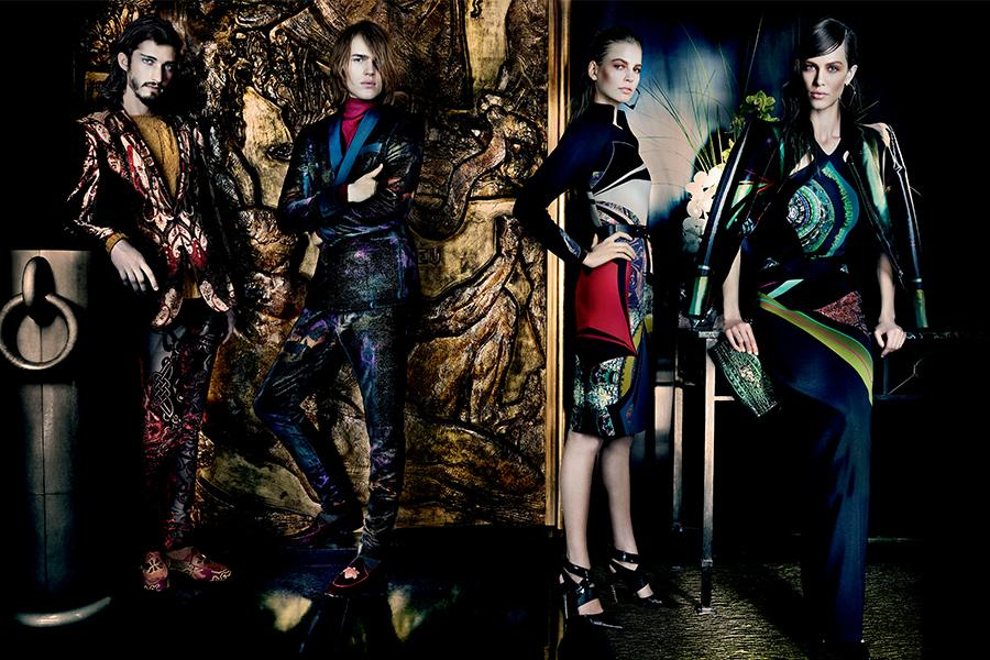 aymeline-valade-elisabeth-erm-sung-hee-kim-ton-heukels-andres-risso-nan-fulong-for-etro-fall-winter-2013-2014-by-mario-testino-2