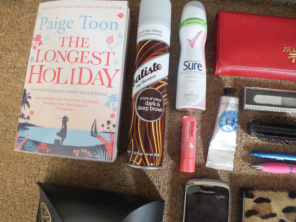 whats in my handbag