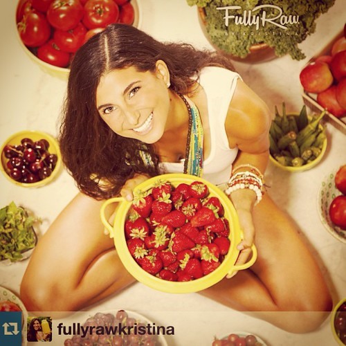 My Juices inspired by FullyRaw Kristina #Repost from @fullyrawkristina with @repostapp www.therabbitandtherobin.co.za {follow me @robindeel on Instagram} Official @rabbitandrobin  #juicing #juice #vegan #vegetarian #fullyraw #health #summer