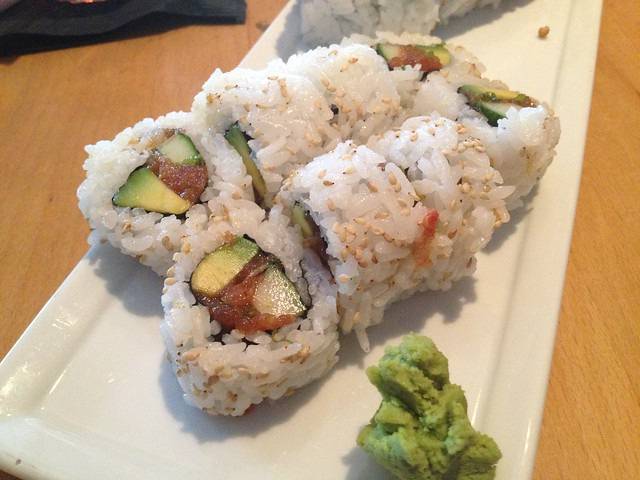Spicy tuna roll - Rikki Rikki