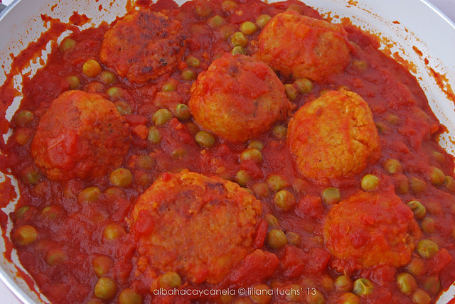 Soy meatballs in tomato sauce with rice